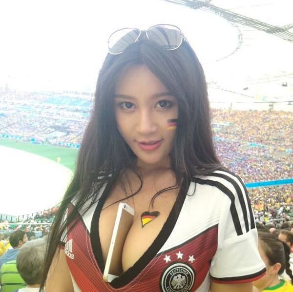 world_cup_brazil_sexy_girls_37