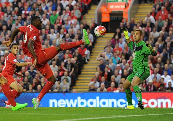 christian-benteke-goal-liverpool-1-0-bournemouth-1439844575-800