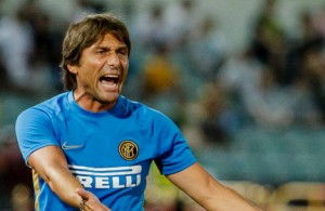 MACAU, MACAU - JULY 27: Team coach Antonio Conte of FC Internazionale gestures during the International Super Cup 2019 between Paris Saint-Germain and FC Internazionale at the Macau Taipa Olympic Sports Center on July 27, 2019 in Macau. (Photo by Chris Wong/Eurasia Sport Images/Getty Images)