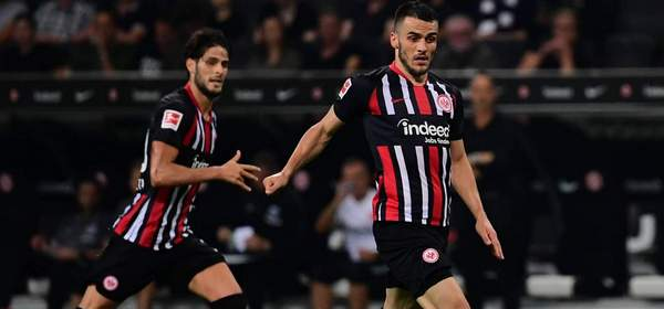 Fußball Europa League Playoff-Runde Eintracht Frankfurt - Racing Straßburg am 29.08.2019 in der Commerzbank-Arena in Frankfurt am Main Filip Kostic ( Frankfurt ) *** Football Europa League Playoff Round Eintracht Frankfurt Racing Strasbourg on 29 08 2019 in the Commerzbank Arena in Frankfurt am Main Filip Kostic Frankfurt xMNx