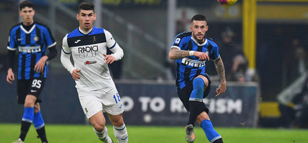 MILAN, ITALY - JANUARY 11:  Stefano Biraghi  of FC Internazionale in action during the Serie A match between FC Internazionale and Atalanta BC at Stadio Giuseppe Meazza on January 11, 2020 in Milan, Italy.  (Photo by Claudio Villa - Inter/Inter via Getty Images)