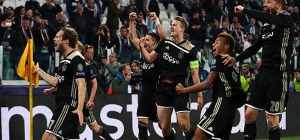 002-Tottenham-Ajax-30.04
