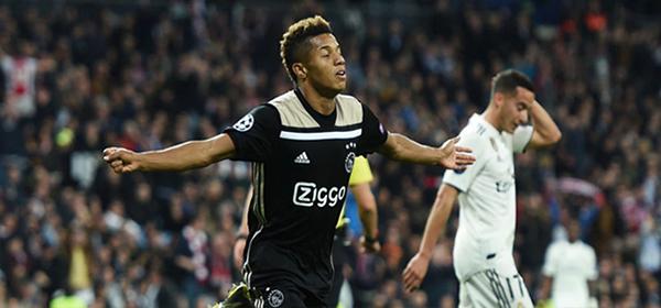 003-Ajax-Juventus-10.04